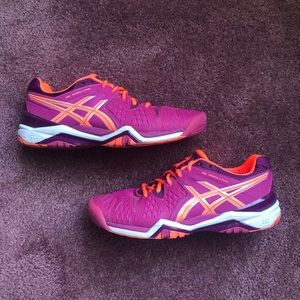 Asics Gel Resolution Womens Sz US 9M Running